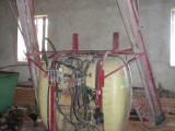 Opryskiwacz polowy zawieszany RAU 1000 l