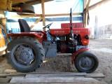 Sprzedam traktor z silnikiem trzydziestki