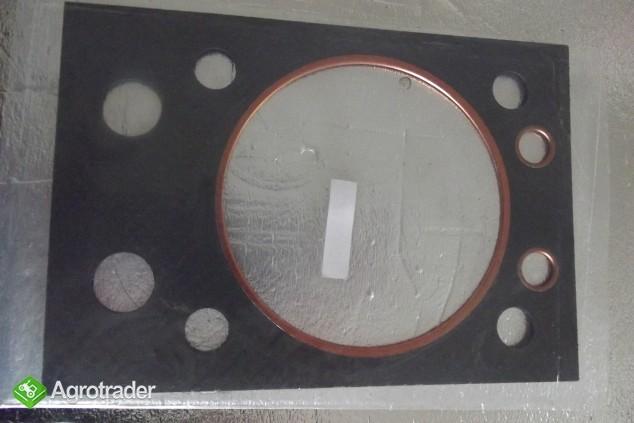 Uszczelka glowicy URSUS C 360