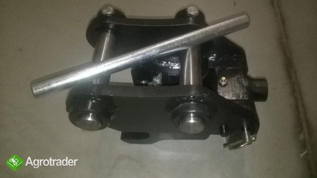 Nowe spawane szybkozłącze do minikoparki CATERPILLAR CAT 301.8 Denison - zdjęcie 1