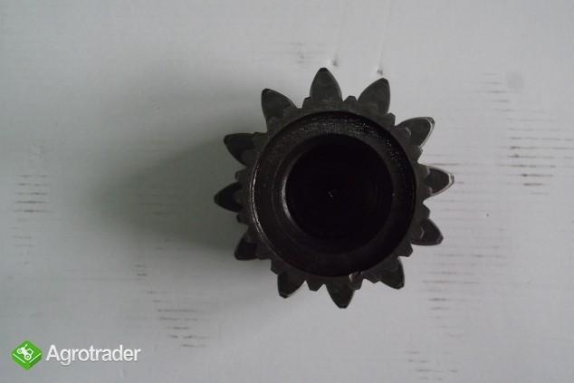 Wał granat zwolnicy do T 130 ORYGINAŁ - zdjęcie 1