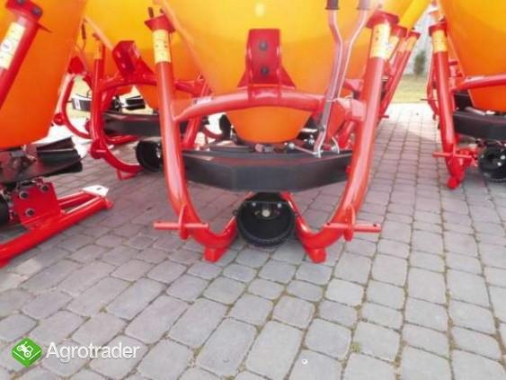 Rozsiewacz 200 L mini traktor C-330 MF Kubota yanmar iseki  - zdjęcie 1