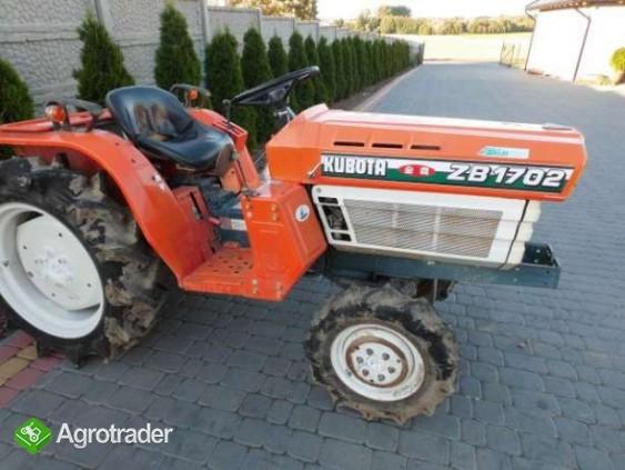 Kubota B1702 17KM 4x4 mini traktor super stan Iseki Yanmar Hinomoto - zdjęcie 5