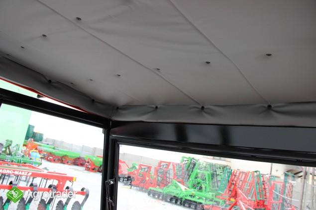 Kabina ciągnikowa do ciągnika MF 235 255 LUX z błotnikami CE - zdjęcie 4