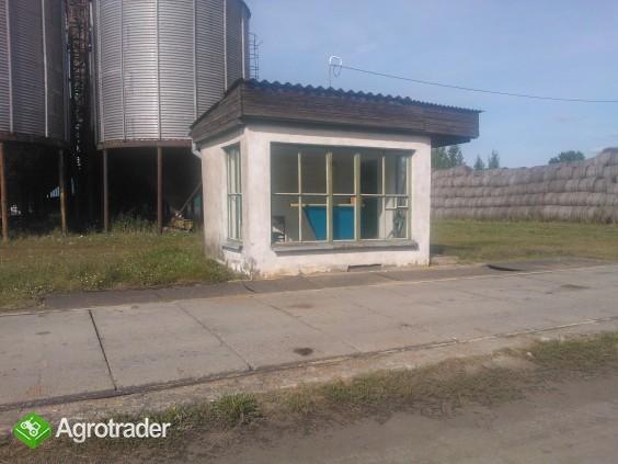 Sprzedam gospodarstwo rolne-budynki o profilu zbożowo-hodowlanym - zdjęcie 2