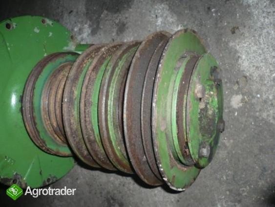Przystawka silnika tarcza koła pasowe John Deere 1065,1075,1174,1177 - zdjęcie 1