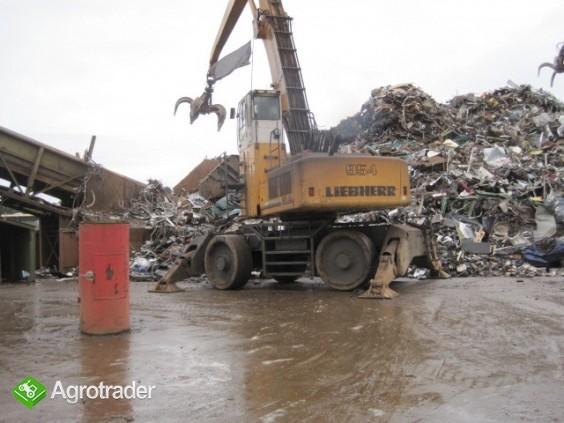Koparka przemyslowa LIEBHERR  A 954 z chwytakiem do zlomu - zdjęcie 1