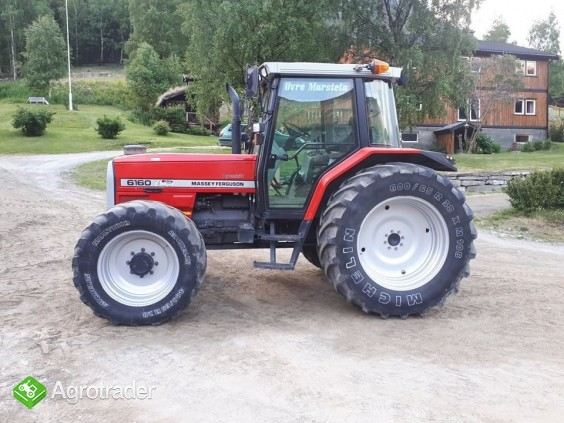 Traktor Massey Ferguson 6160