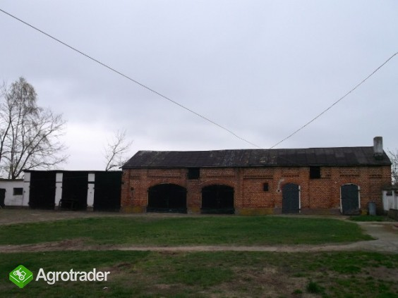 Gospodarstwo rolne o pow. 14,96 ha wraz z zabudowaniami - zdjęcie 2