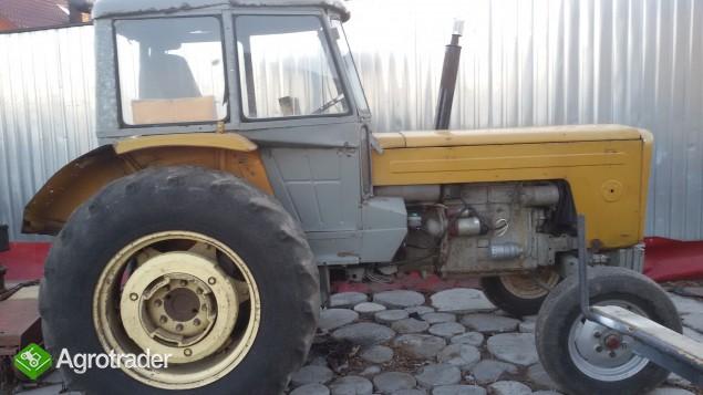 Ciągnik C360 - zdjęcie 1