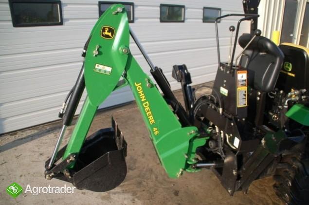 Traktor John Deere 2320 - zdjęcie 2